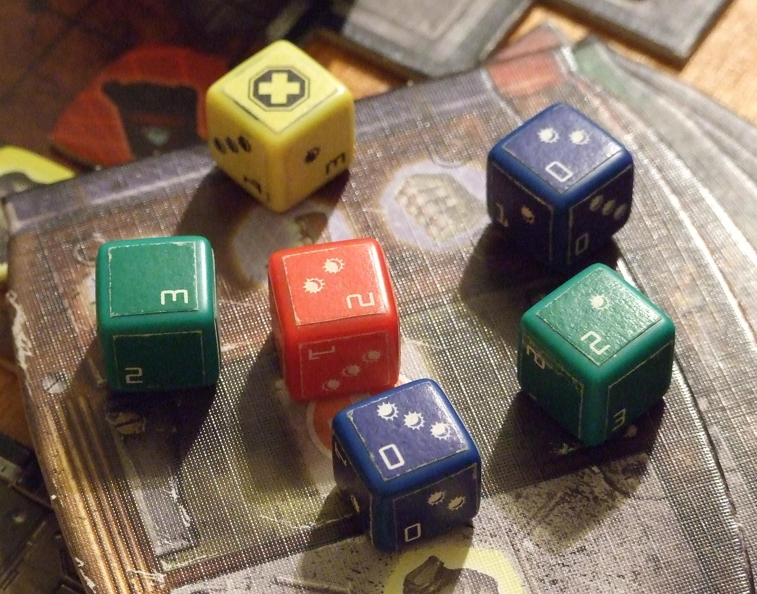 DOOM_cm_dice_01