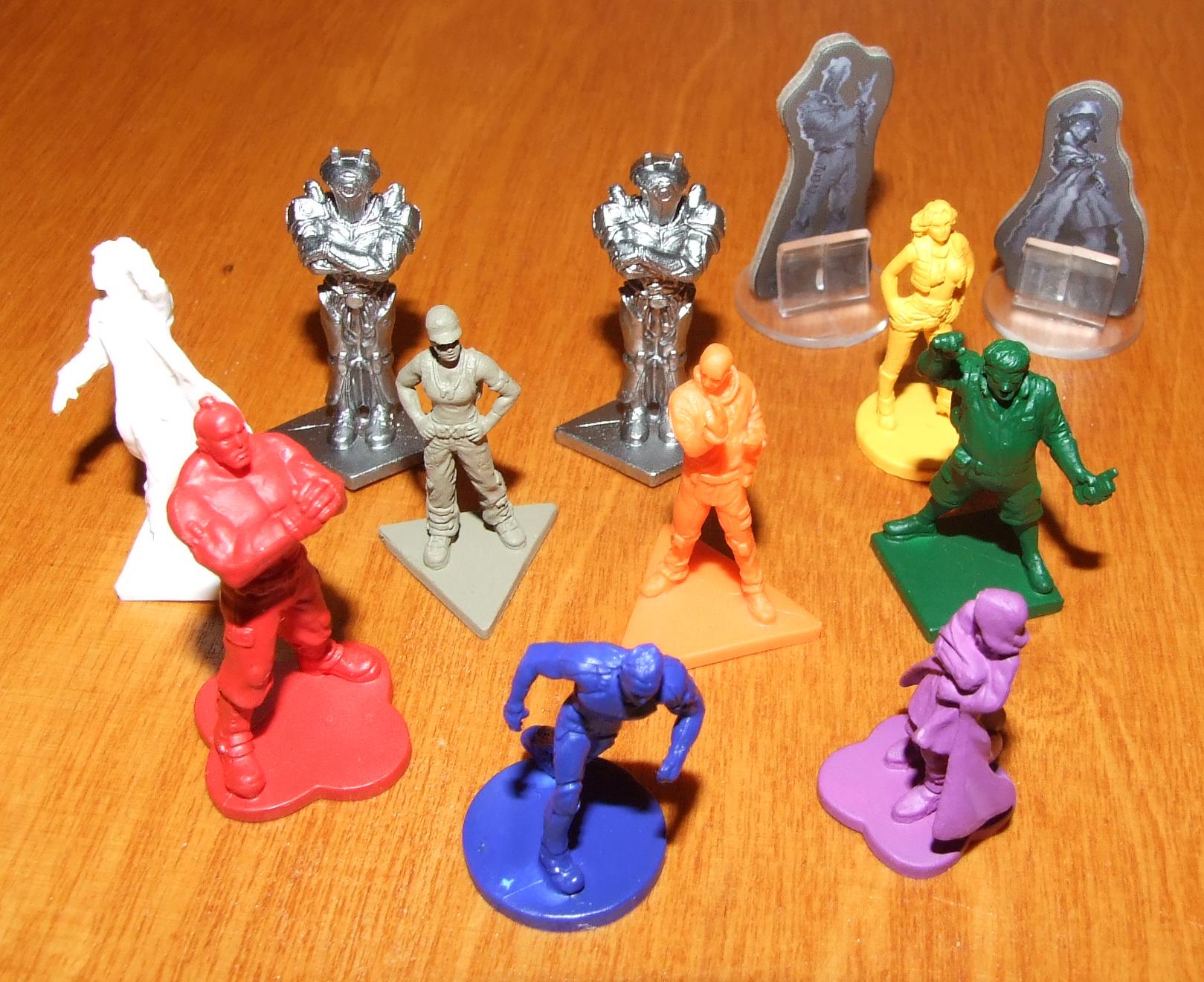 R2_figurines_01